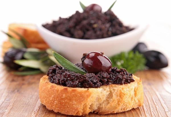 pate-olive-nere-ricetta